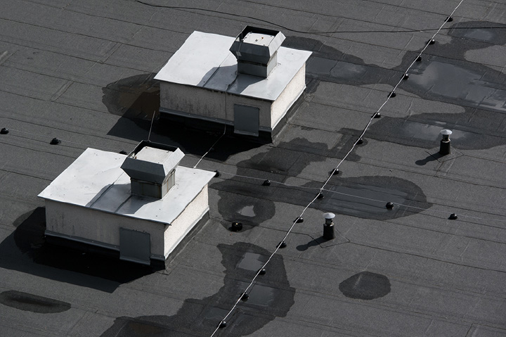 flat roof ponding