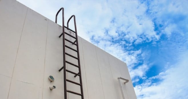 How To Choose A Roof Ladder The Best Ladders For Working