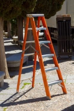 How to Choose a Roof Ladder - The Best Ladders for Working