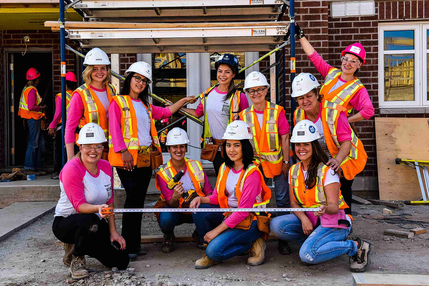women in roofing